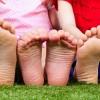 子供が足首などを捻挫したときの対処方法まとめ